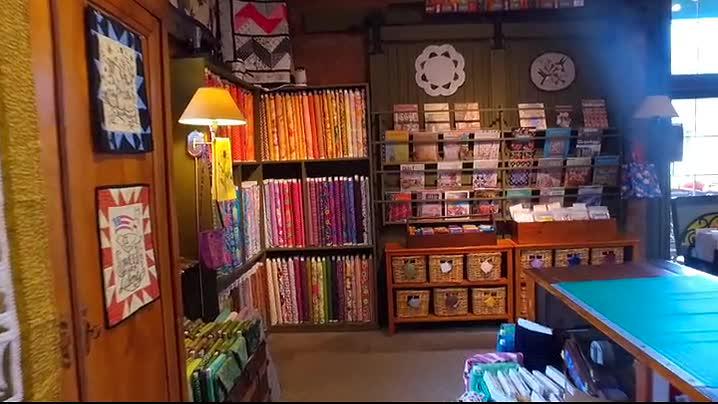 Quilt Shop in Shakopee, MN │ Eagle Creek Quilt Shop, Inc. : 200 quilt shops - Adamdwight.com